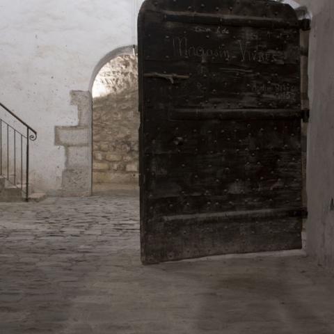 monument interieur vieille porte