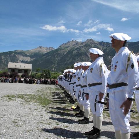 Défilé de chasseurs alpins