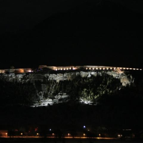 Illumination nocturne de la place forte Vauban de Mont-Dauphin