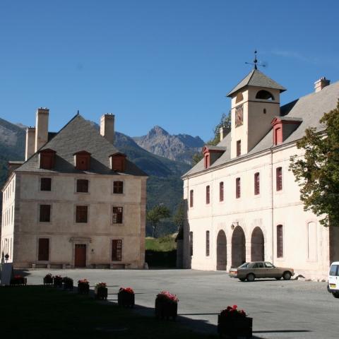 Pavillons de l'horloge et des officiers - Mont-Dauphin place forte Vauban